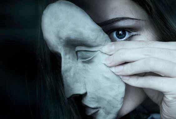 Capgras syndrom: att se nära och kära som bedragare