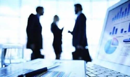 Att leda grupper och lag på jobbet.