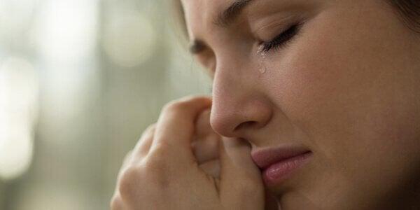 När folk sårar dina känslor: vikten av emotionellt uttryck