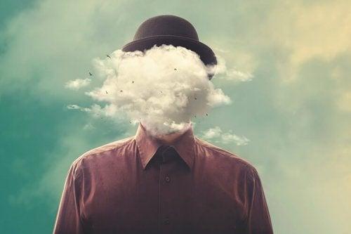 Man med moln i sitt huvud.