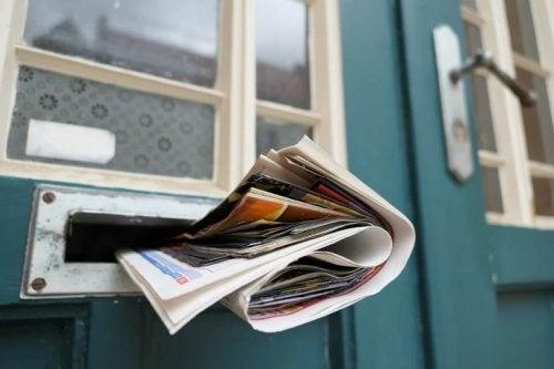 Tidning på morgonen.