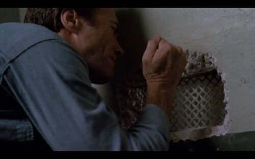 Flykten från Alcatraz är en film med Clint Eastwood