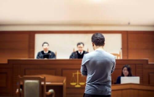 Person inför domare