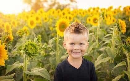 Bestämda barn är lyckligare, så uppfostra dem rätt