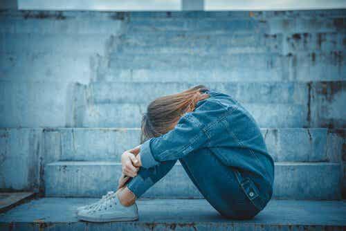 Effekten av emotionellt beroende under tonåren
