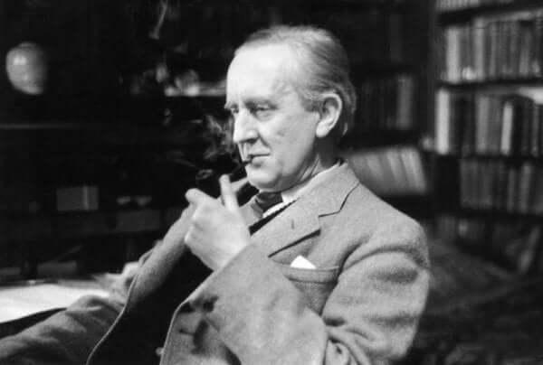 Biografi om Tolkiens liv: ett liv av böcker