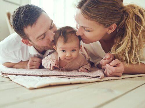 Vikten av prenatal psykologi och familjen