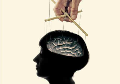 Mer än en myt: lär dig varför hjärntvätt fungerar