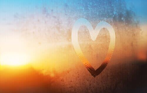 Hjärta på vindruta.