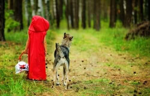Ge inte vargen i Rödluvan beteckningen elak