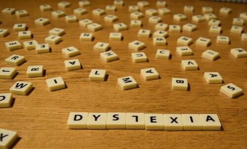 Dyslexi är problem att tyda ord