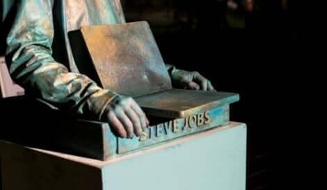 Staty av Steve Jobs