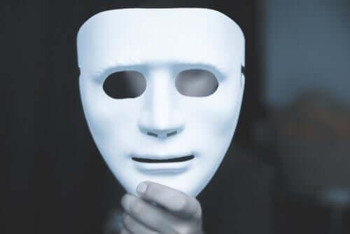 Vita lögner, kompulsiva lögner och patologiska lögner