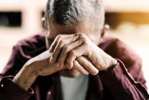 Sundowning-syndrom hos äldre personer