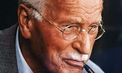 Foto på Carl Jung.