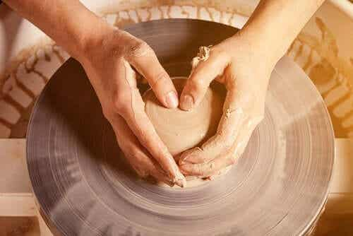Att arbeta med dina händer är bra för din hjärna