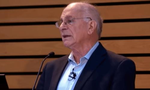 Kahneman vid presskonferens