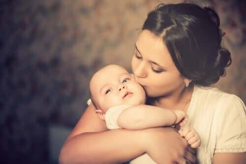 Allt om moderskapets förändringar: vad gör man?