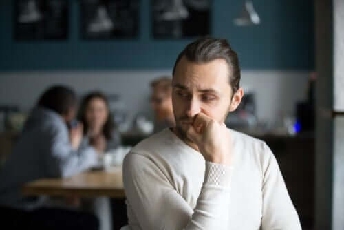 Vad är den narcissistiska tillförseln för något?