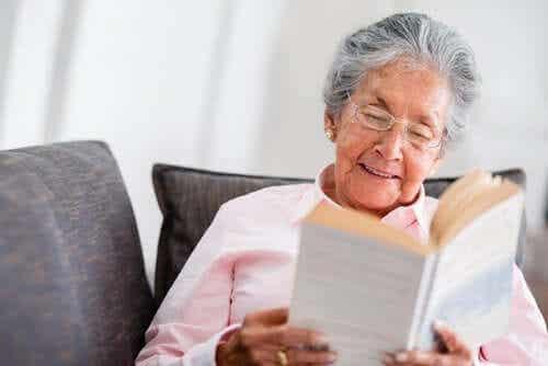 Är min mormor psykolog? En reflektion över expertis