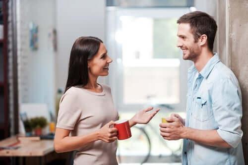 Öga mot öga: avstånd i verbal kommunikation