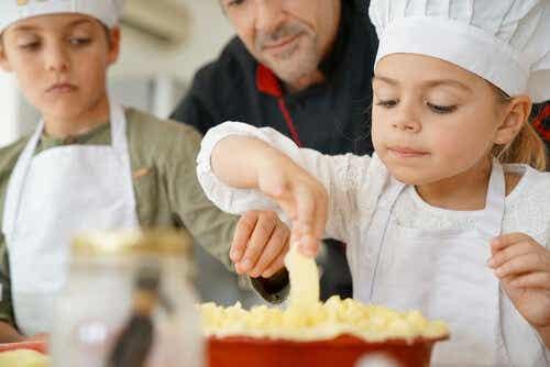 Förklara frid för barn genom matlagning