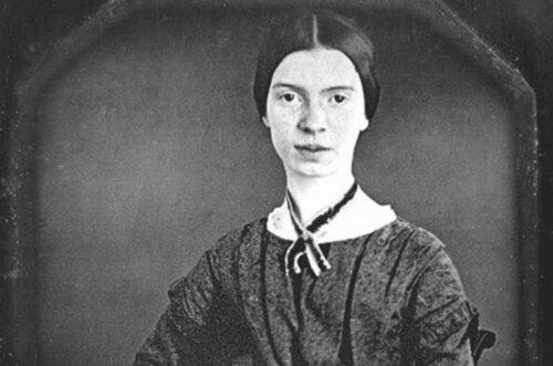 Biografi om en enigmatisk kvinna: poeten Emily Dickinson
