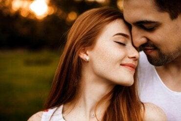 Hur länge varar känslan av förälskelse?