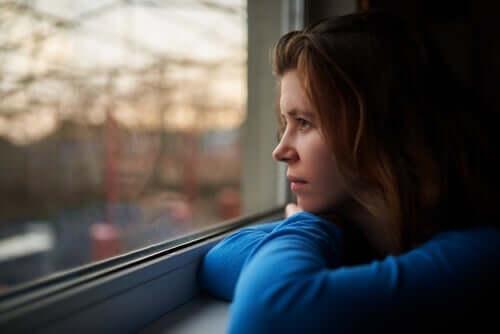 Det är normalt att känna sig frustrerad över att behöva hålla sig hemma