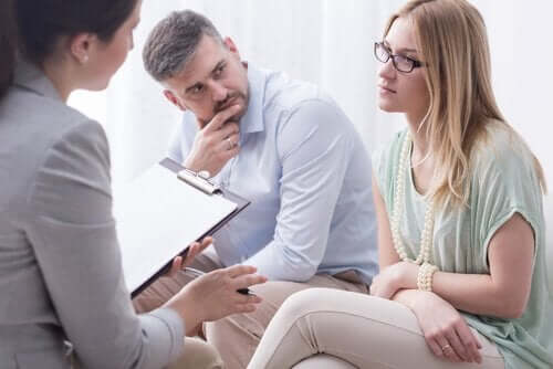 Att medla handlar om att lyssna, inte prata
