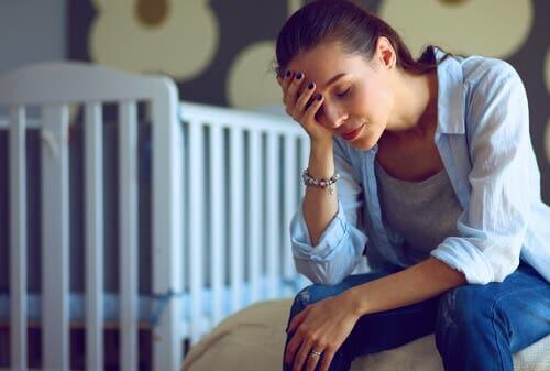 Moderskapets ensamhet – hur man hanterar den?