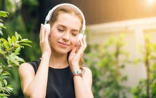 Hälsofördelarna med binaurala rytmer