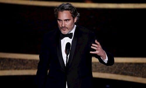Joaquin Phoenix tal för kännande varelser och miljön