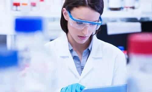 Strävan att lyfta fram kvinnor och flickor i vetenskapen
