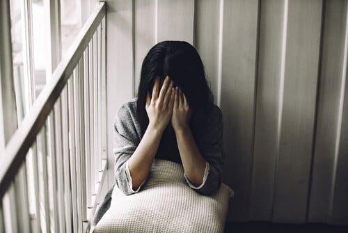 Sorg är en överväldigande erfarenhet som får oss att tillgripa olika livshanteringsstrategier