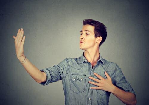Föds man till narcissist eller är det något man blir?