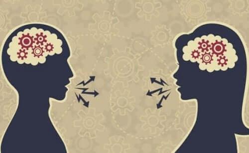 Människor som ägnar sig åt att upprätthålla ett bra samtal