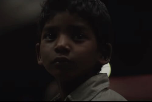 Saroo Brierleys adoption av en australisk familj