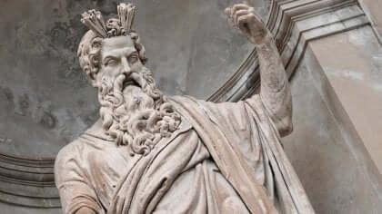 En staty av Zeus