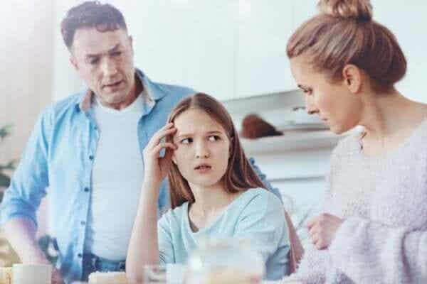 Överbeskyddande och okänsliga föräldrar