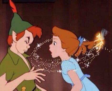 Peter Pan och Wendy visar Disneys version av romantisk kärlek