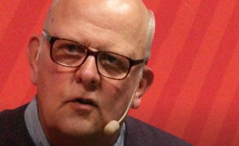 Sture Ragnar Bergwall håller en föreläsning
