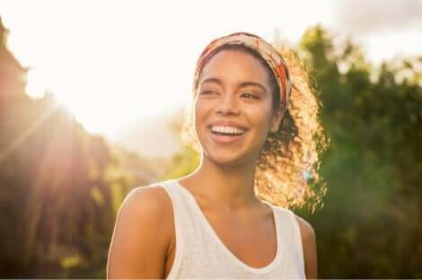En leende kvinna