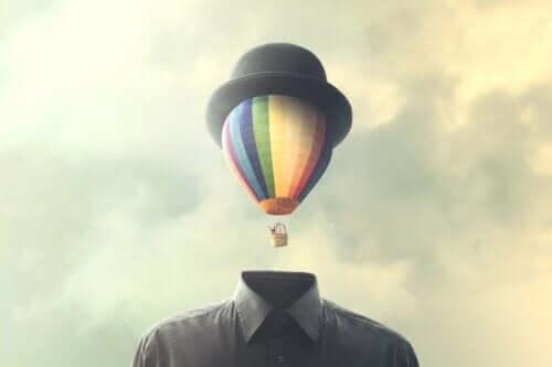 Ett luftballongshuvud med plommonstop