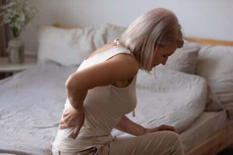 Ryggvärk är en av de vanligaste kroniska smärtor som människor lider av