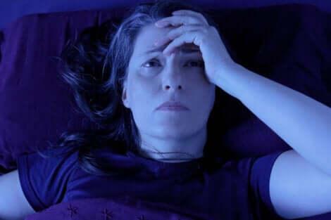 Kronisk smärta påverkar både REM- och NREM-sömn