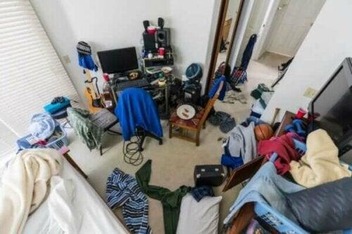 Ännu ett av tonårens stökiga sovrum