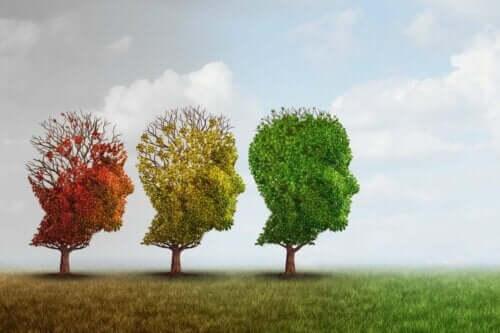 Tre träd, formade som människor