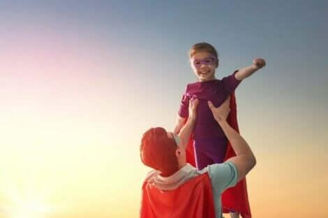 En superhjälte och en superhjältinna för barn