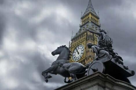Vi minns Boudiccas historia från hennes staty i London